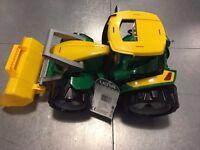 Toy Lena Giant Truxx Tractor