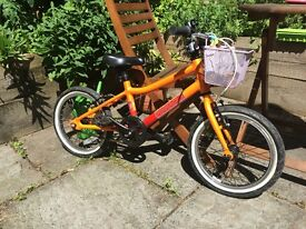 Pinnacle bike for kids 16 inch - excellent condition