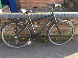 Raleigh women's town bike- excellent condition