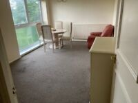 : Part Furnished 2 Bed Apartment on the Fifth Floor : Hagley Road : B16 9LS :