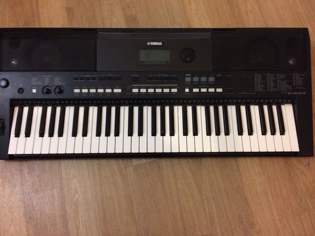 Yamaha PSR E433 61-key touch responsive keyboard with 731 natural voices,