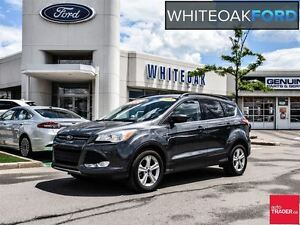 2015 Ford Escape SE, leather, panorama roof, b/u camera