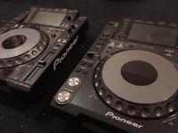 2X Pioneer CDJ2000 Nexus (EMACULATE!)