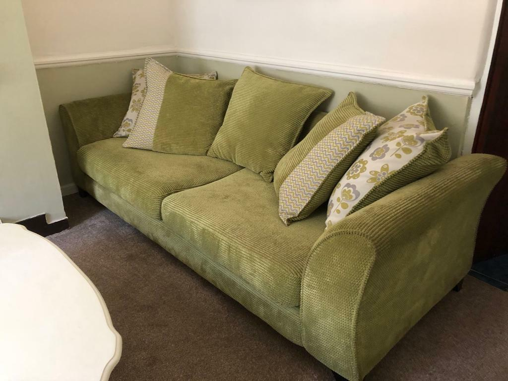 Dfs Large Lime Green Sofa In Excellent Condition