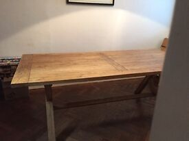 Amazing oak dining table