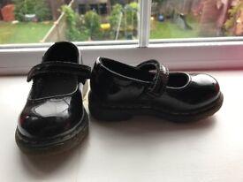 Baby/toddler girls Dr Martens shoes size 5 - infant