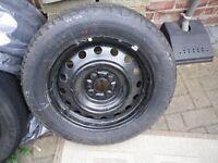 ***** BARGAIN NEW Michelin Enery 195/60/R15 88V on NEW/unused Wheel 4 stud ONLY £15 BARGAIN *****