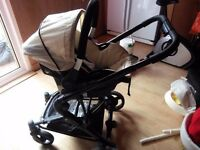 Hauk 3 in 1 travel system very good condition