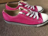 Ladies Size 3 Pink Converse