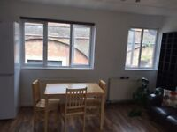 Look at this DOUBLE ROOM (single use) ALL BILLS INCLUDED in Bow