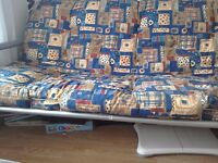 Bed settee good condition