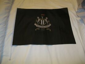 Newcastle United Official 125 Years Celebration Flag With Flag Pole