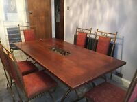Excellent condition dinning table and chairs