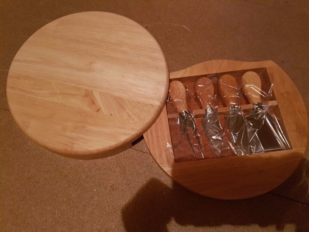 Wooden Cheese Board & Wooden Pizza Board with 6 High Quality Utensils Stockport