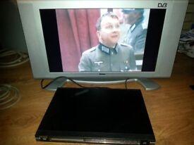 """Goodmans 26"""" widescreen TV + DVB"""