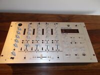 STANTON RM100 PROFFESIONAL 4 CHANNEL MIXER/UK DELIVERY