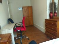 Room near Charing cross / Sauchiehall street WEST END (not south side)