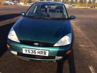 Ford Focus with 9 months MOT --- £500 --- very good condition for age