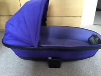 Quinny Carrycot/Carry cot and footmuff - purple pace