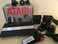 Atari 2600 Junior boxed including 2 Games + Atari Pro Line Joystick + 2 Atari Paddles + All Leads