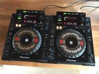 Pioneer CDJ 900 Pair DJ Decks - Fully working