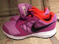 Nike kid trainers hardly used size UK1