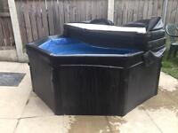 Hot tub for sale (not inflatable )