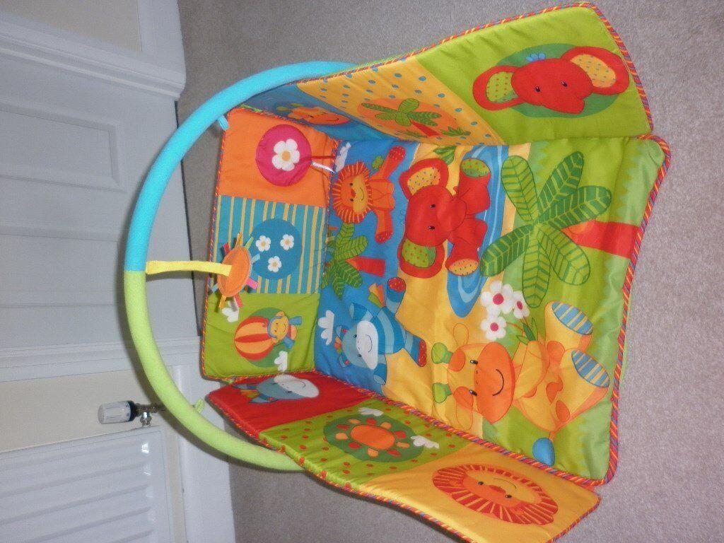Baby safari playmat/baby gym