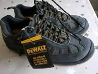 Dewalt work shoes size 12