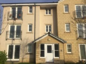LINLITHGOW MODERN TWO BED TOP FLOOR FLAT FURNISHED