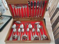 cutlery in box