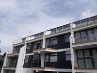 Modern Studio Apartment. Parking. Balcony Area. City Close.