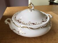 ROYAL DOULTON STRASBOURG TUREEN / COVERED VEGETABLE DISH