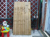 USED WOODEN GARDEN GATE AS NEW