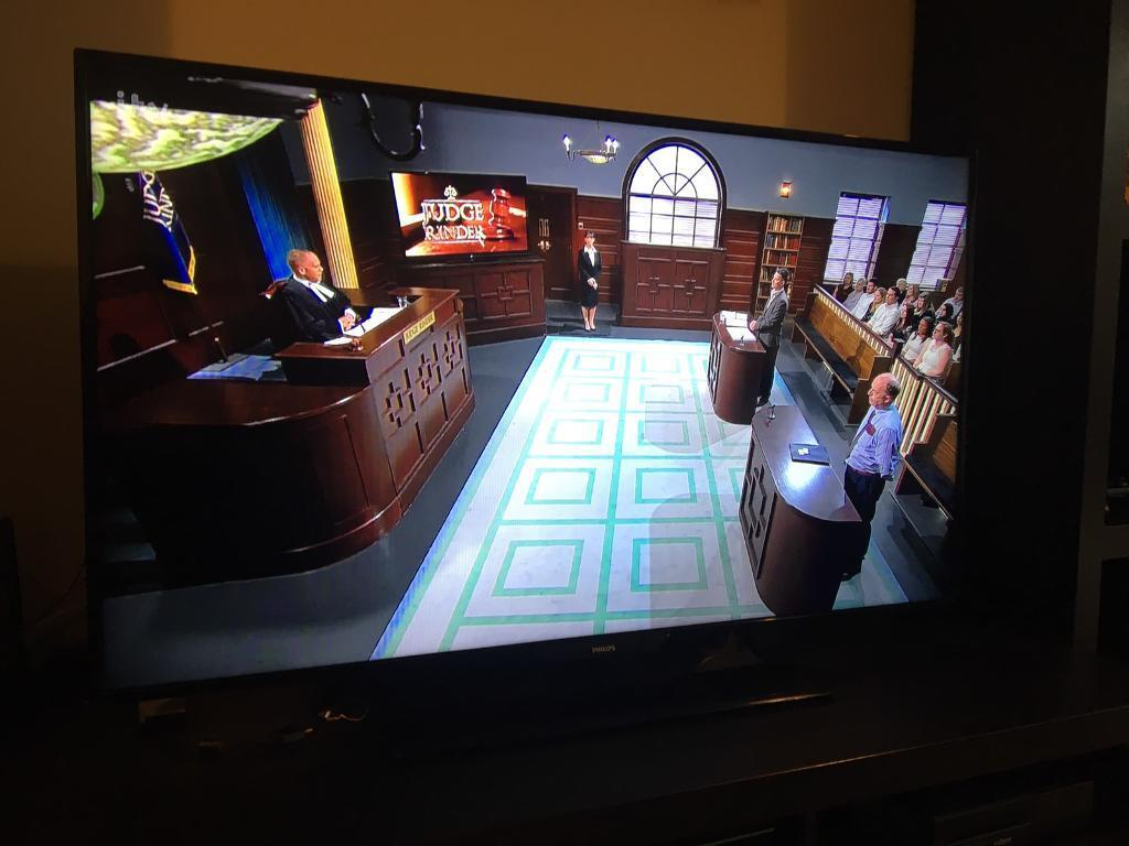 """50"""" LED TV (spares or repairs) PHILIPS 50PFT4509/12 