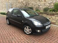 FORD FIESTA 1.25 ZETEC 56 PLATE LOW MILEAGE FULL SERVICE HISTORY MOT 1 YEAR MINT CONDITION