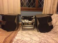 Kenwood 3 disc changer stereo with speakers