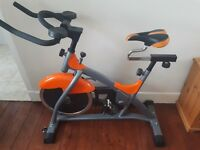 Cintura sports zoom exercise bike.