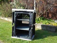 Hi-gear concertina cupboard
