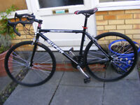 """19"""" FRAME MANS ROAD BIKE HARDLY BEEN USED NO RUST IN GREAT CONDITION"""