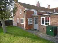 Bassingham - 2 bed unfurnished cottage to let, oil central heating, garden, garage, offroad parking