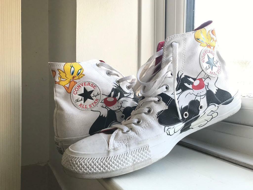 c14a203c626a Converse Looney Tunes UK11