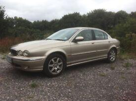 Jaguar X-Type, manual V6 2 litre petrol saloon (2002) for sale.