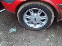 ford fiesta alloys excellent tyres