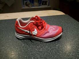 Girls Nike trainers, pink. Size 3
