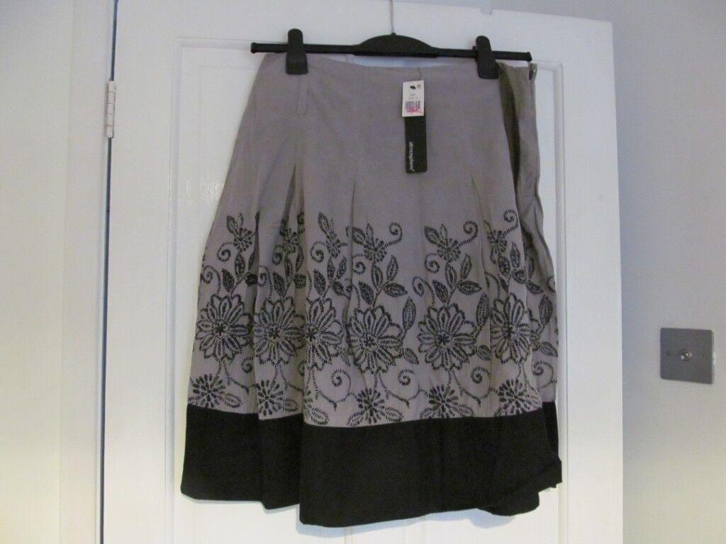 6df88f7f8f Primark Atmosphere Skirts | Women - Vinted
