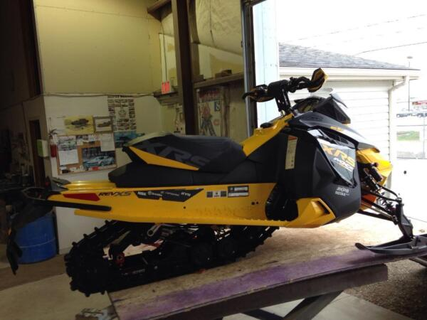 Used 2014 Bombardier Xrs