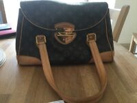 LOUIS VUITTON Beverly GM Handbag