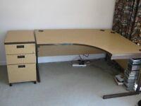 Desk. Solar Ergonomic cantilever,