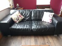 FREE TO COLLECTOR BLACK LEATHER SETTEE'S